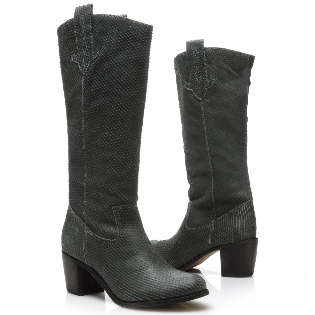715-110 - Matisse® Textured Leather Pull-on Boots