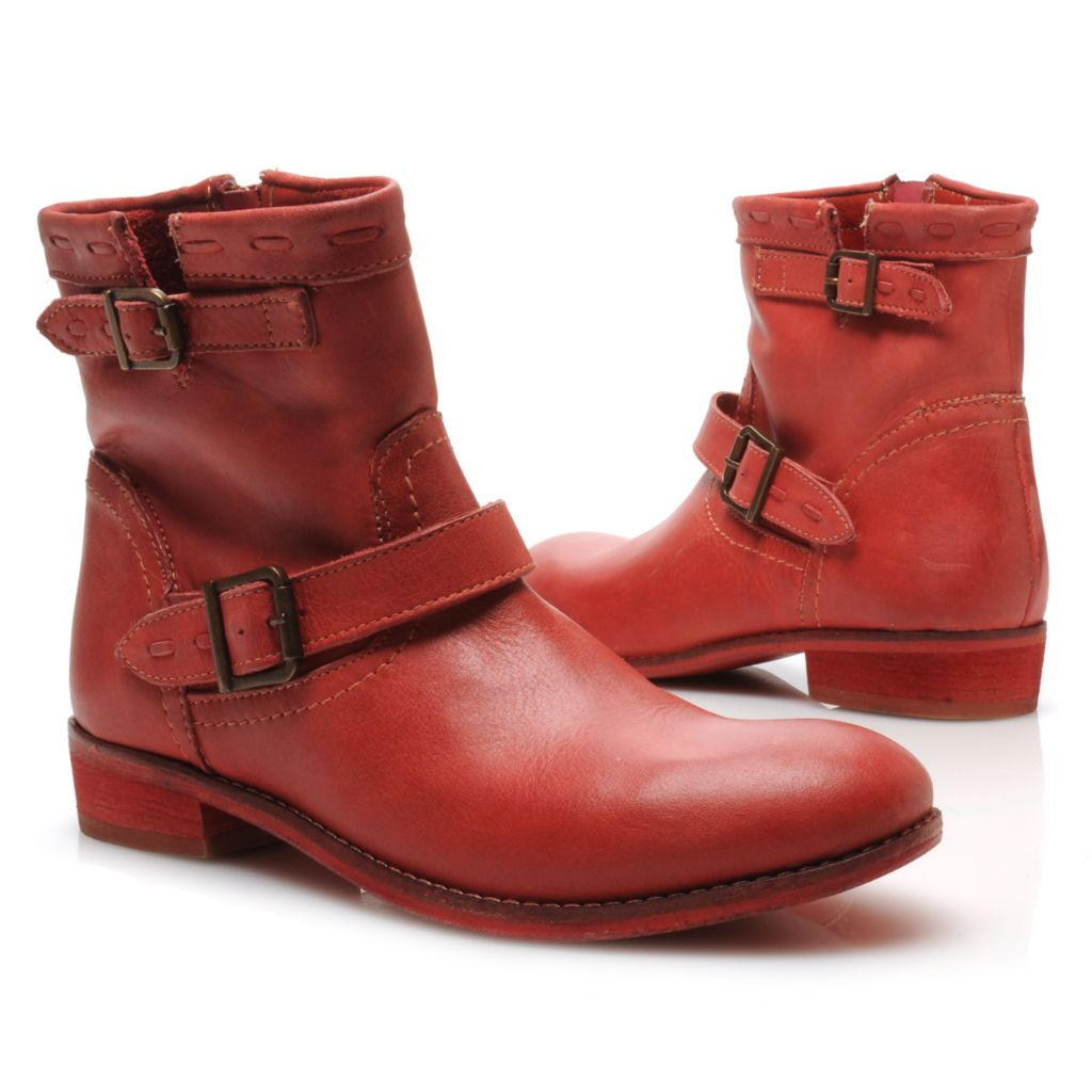 715-113 - Matisse® Smooth Leather Side Zip Buckle & Belt Detailed Short Boots