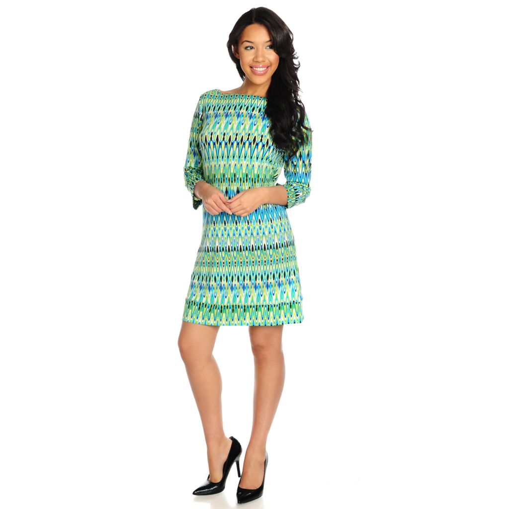 715-438 - Kate & Mallory Stretch Knit 3/4 Sleeved Printed Shift Dress