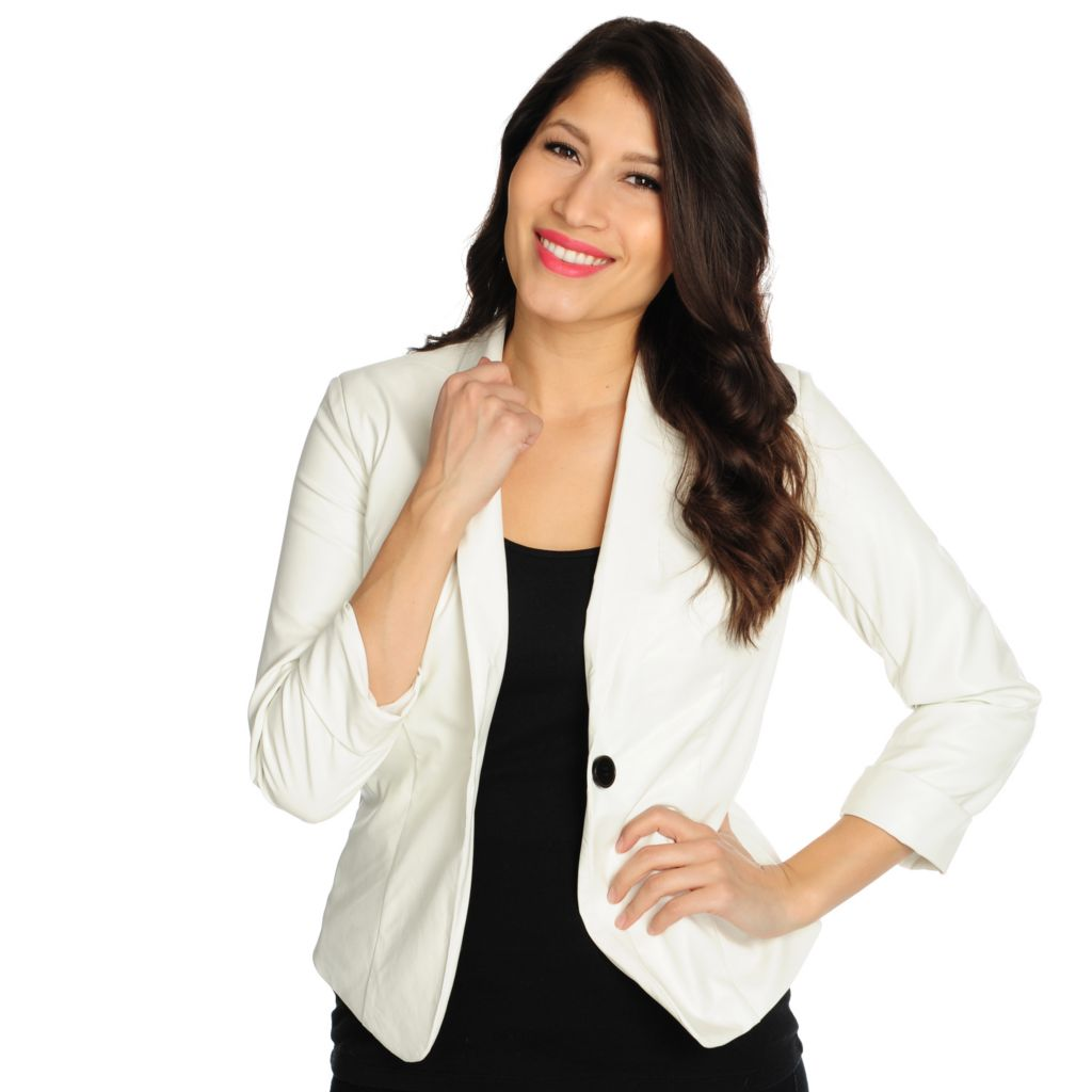 715-466 - WD.NY Faux Leather Long Sleeved Fully Lined One-Button Blazer
