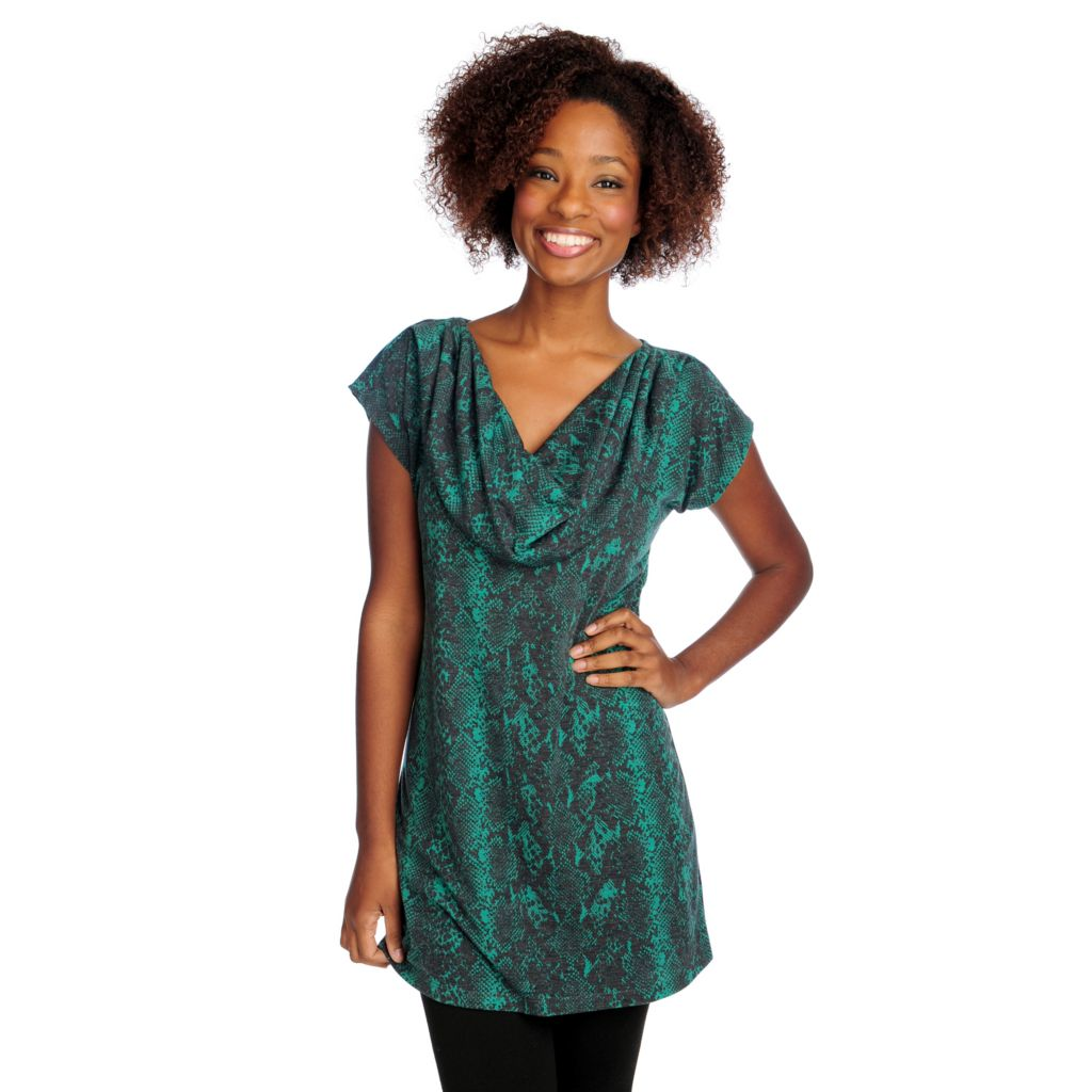 715-467 - Kate & Mallory Stretch Knit Short Sleeved Printed Cowl Neck Tunic