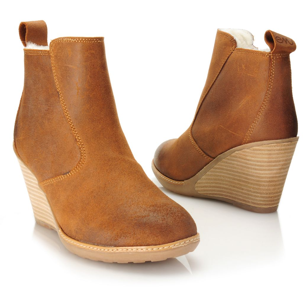 715-478 - EMU® Waxed Suede Leather & Sheepskin Side Zip Short Wedge Boots