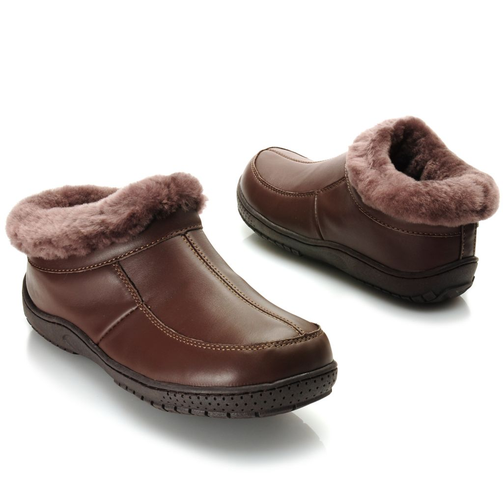 715-653 - Lamo® Men's Leather & Sheepskin Lined Slip-on Clogs