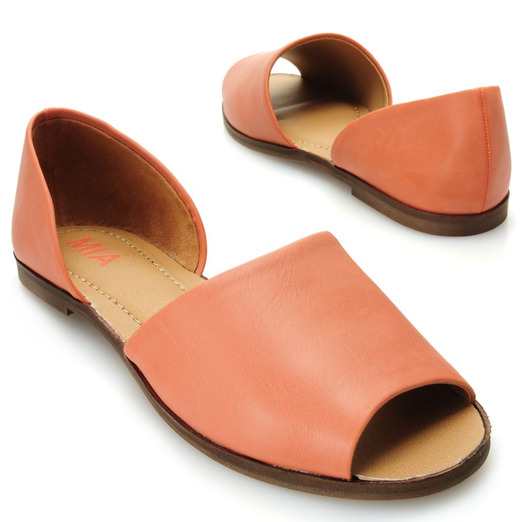 715-828 - MIA Peep Toe Flat Sandals