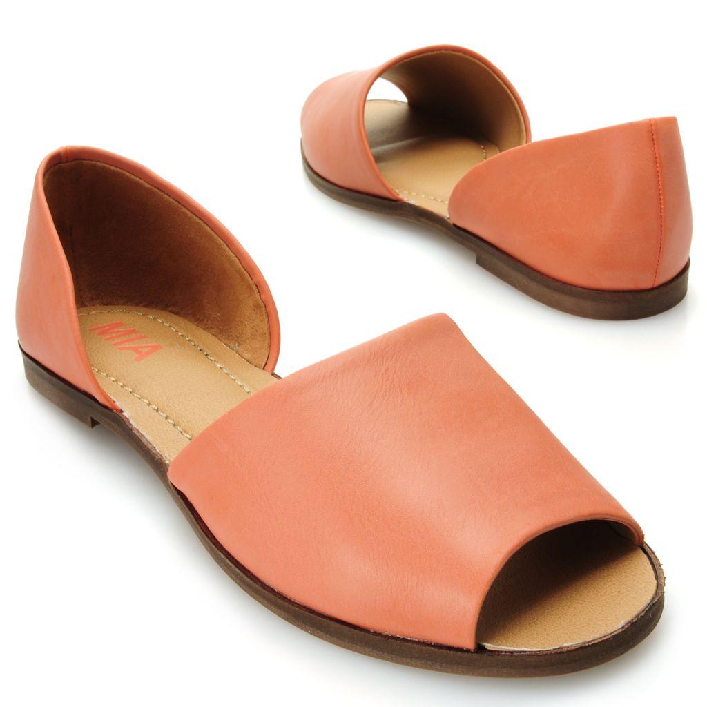 715-828 - MIA Peep Toe Flat Sandals