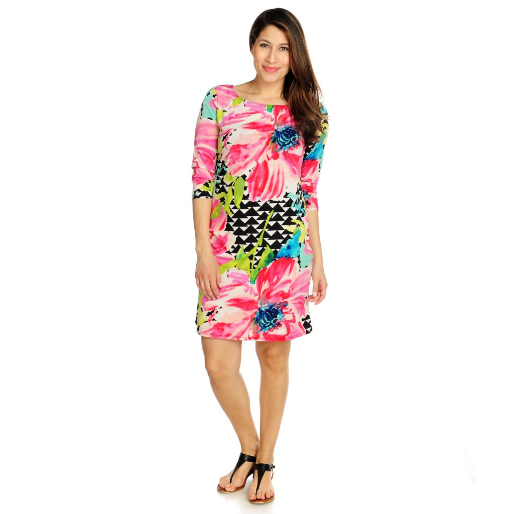 715-902 - Love, Carson by Carson Kressley Stretch Knit 3/4 Sleeved Printed Dress