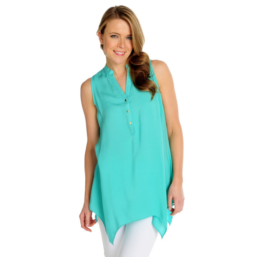 716-034 - Kate & Mallory Challis Sleeveless Uneven Hem Y-Neck Top