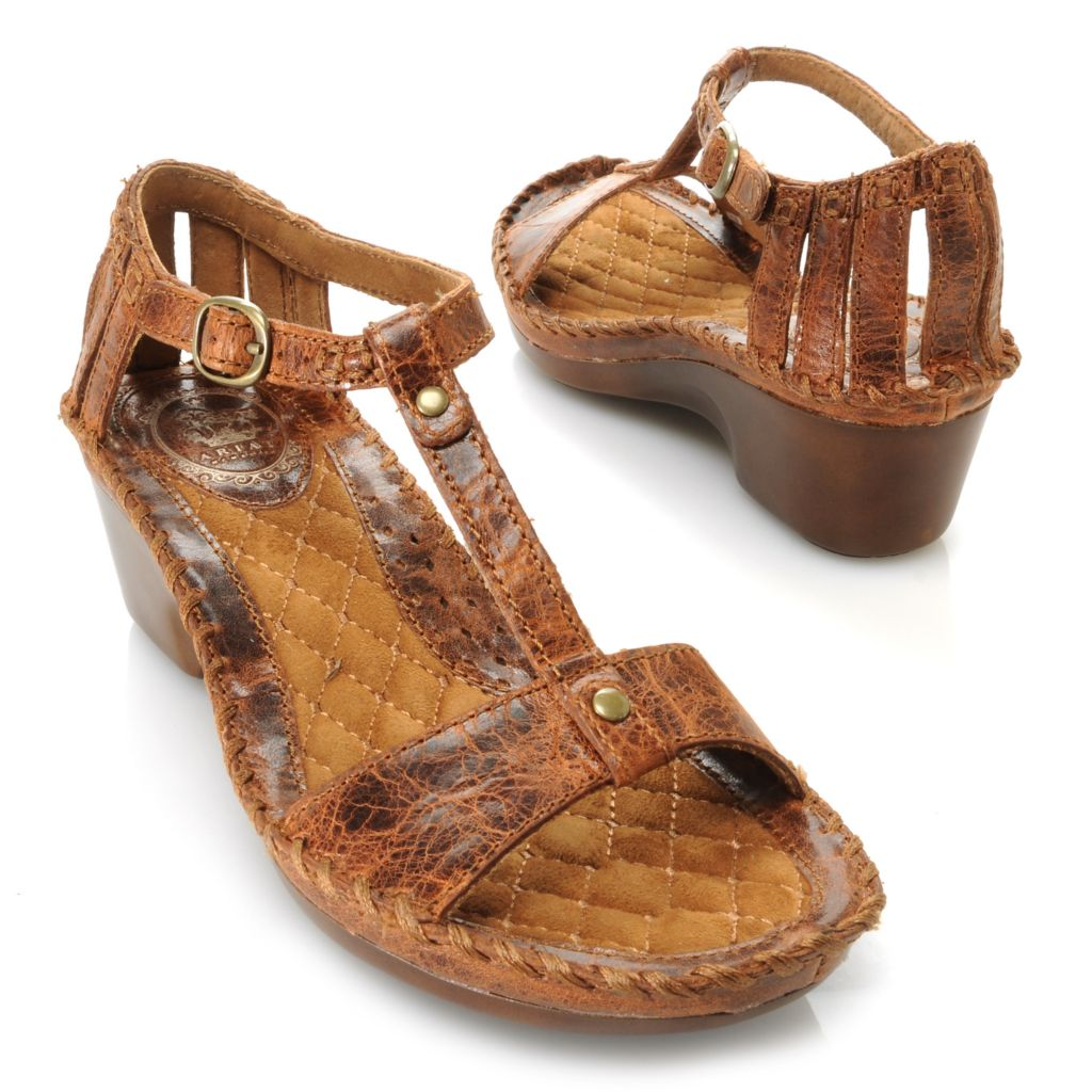 716-088 - Ariat® Leather T-Strap Buckle Detailed Wedge Sandals