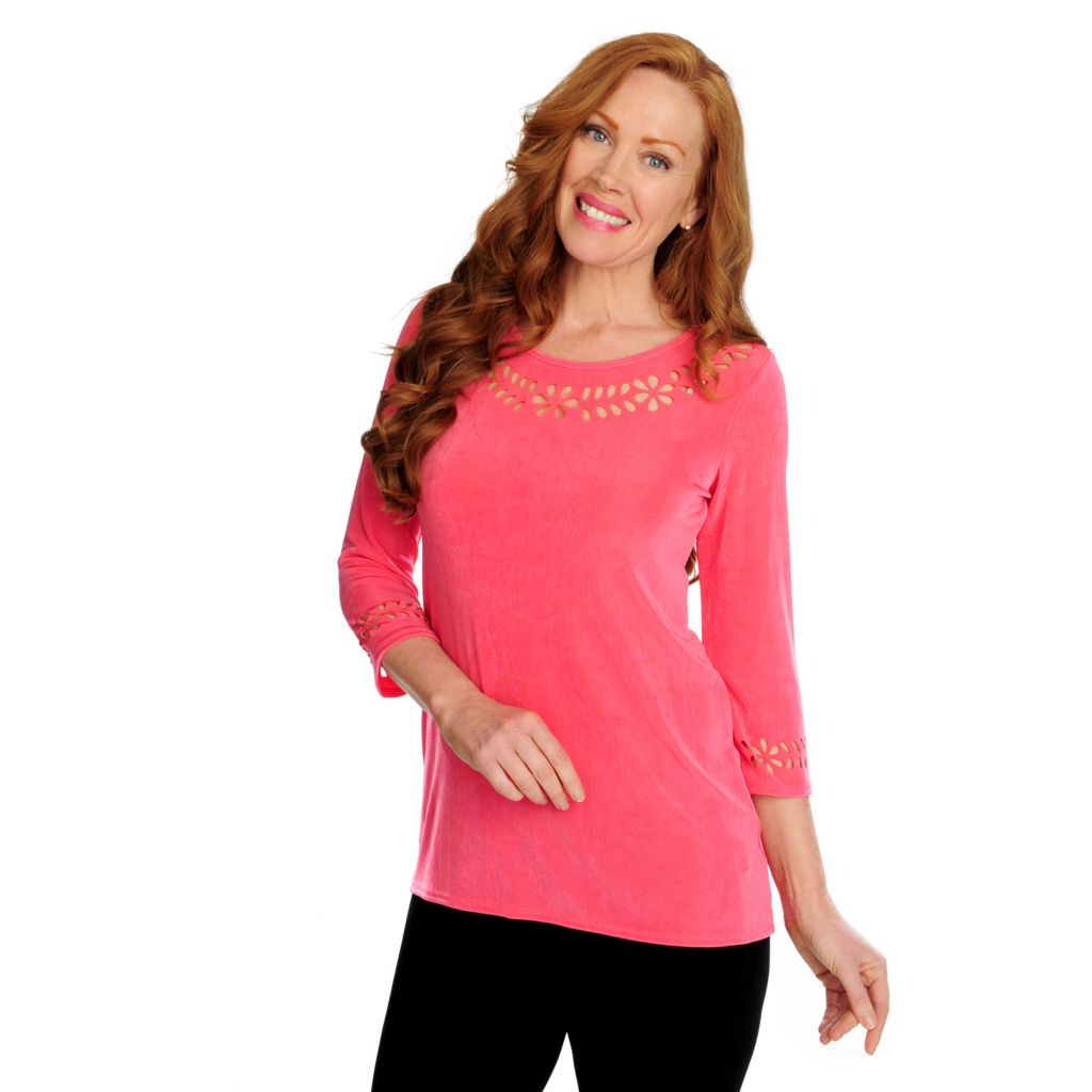 716-604 - Affinity for Knits™ 3/4 Sleeved Round Neck Laser Cut-out Top