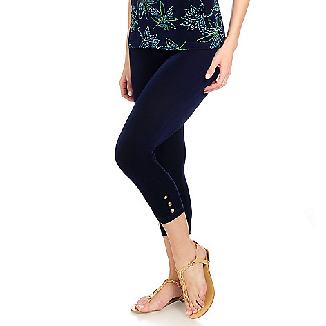 716-612 - Affinity for Knits™ Elastic Waist Button Detailed Capri Pants