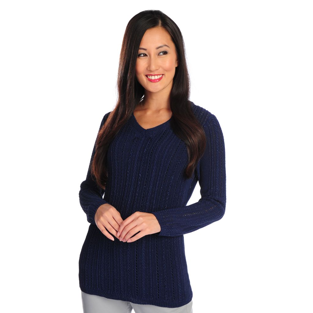 716-724 - Brooks Brothers® Cable Knit Long Sleeved Metallic Detailed V-Neck Sweater