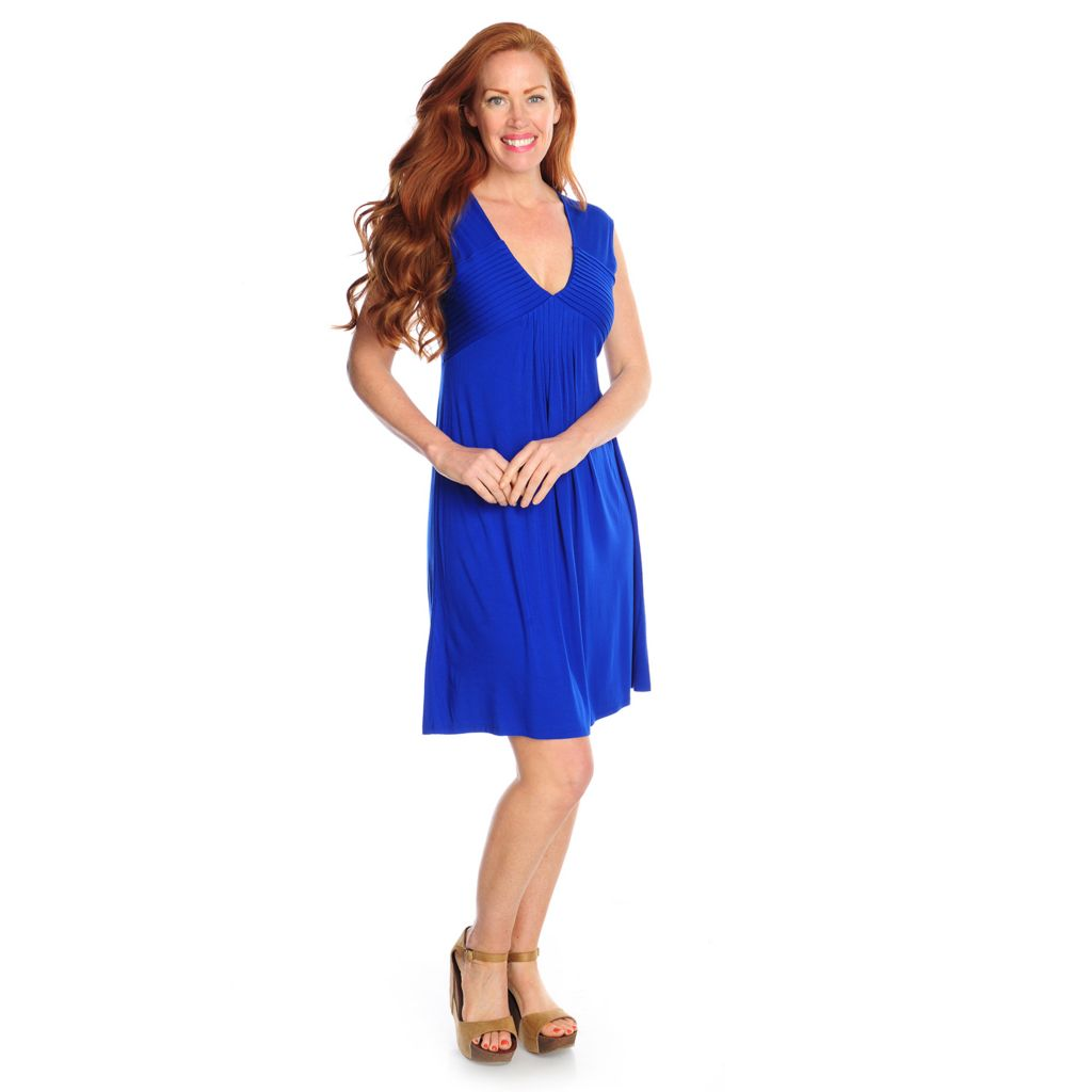 716-984 - Kate & Mallory Stretch Knit Cap Sleeved V-Neck Flip Flop Dress
