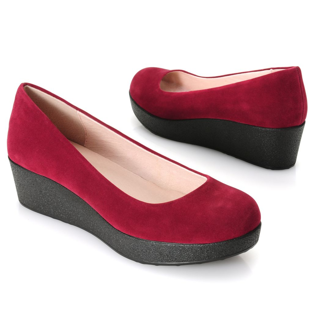 717-040 - Chinese Laundry Sueded Slip-on Platform Flats