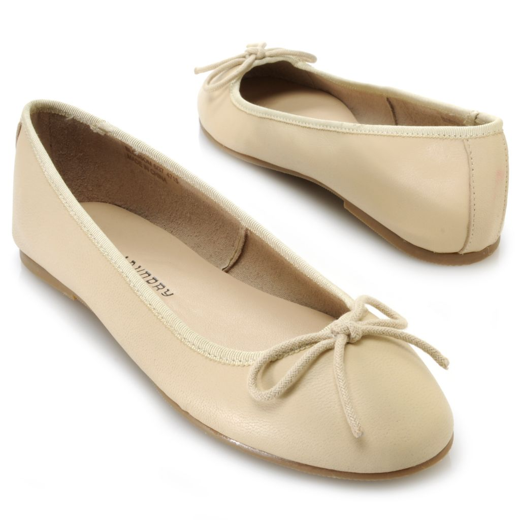 717-041 - Chinese Laundry Leather Slip-on Bow Detailed Ballet Flats