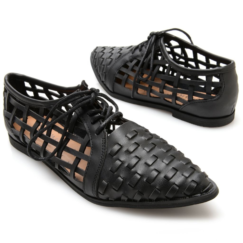 717-251 - Matisse® Woven Design Pointed Toe Lace-up Shoes
