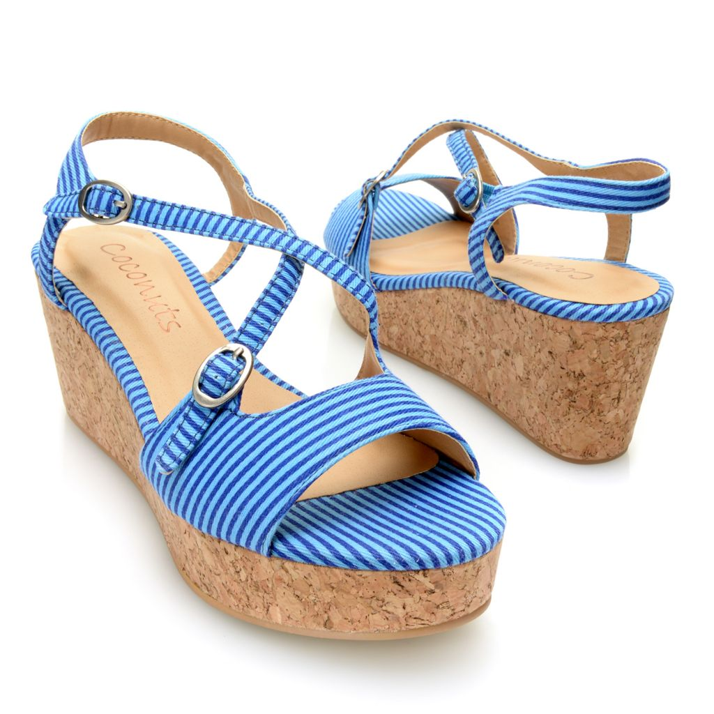 717-257 - Matisse® Striped Crisscross Buckle Detailed Wedge Sandals