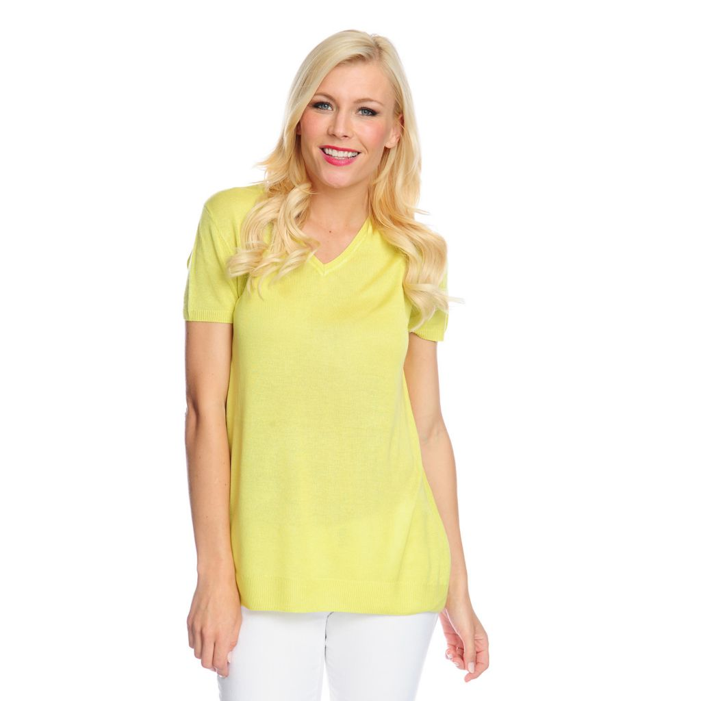 717-445 - Kate & Mallory Mixed Media Short Sleeved Asymmetrical Hem V-Neck Top
