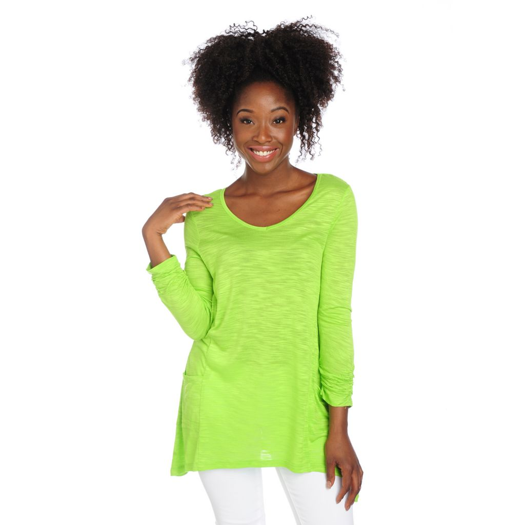 717-530 - Kate & Mallory Slub Knit Ruched Sleeve Two-Pocket Sharkbite Tunic