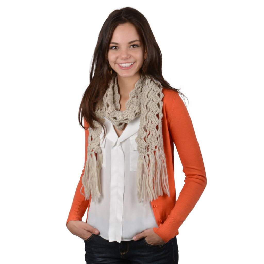 717-556 - Journee Collection Women's Fringe Detailed Knit Scarf