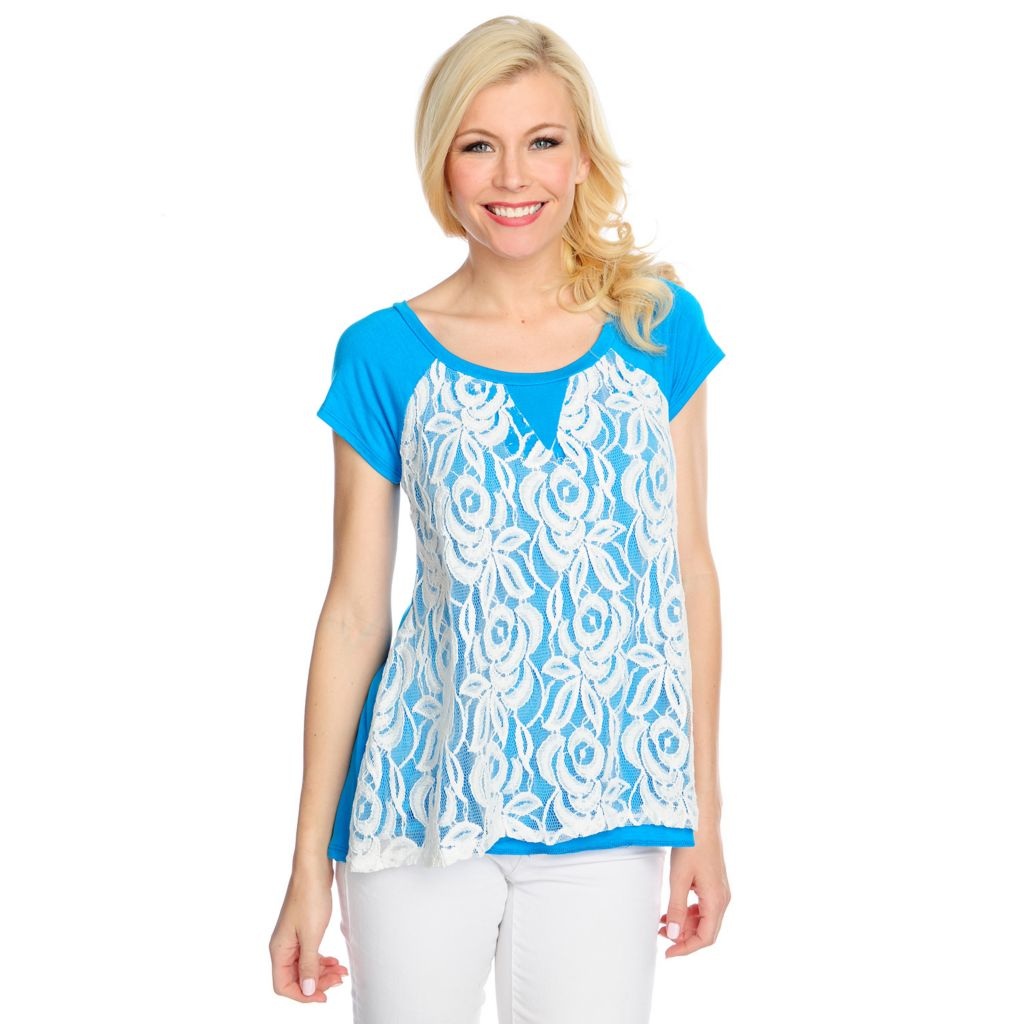 717-600 - OSO Casuals Stretch Knit Raglan Sleeved Lace Overlay Hi-Lo Top