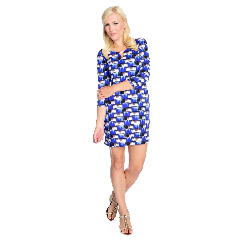 717-608 - aDRESSing WOMAN Stretch Knit 3/4 Sleeved Keyhole Neck Status Print Dress