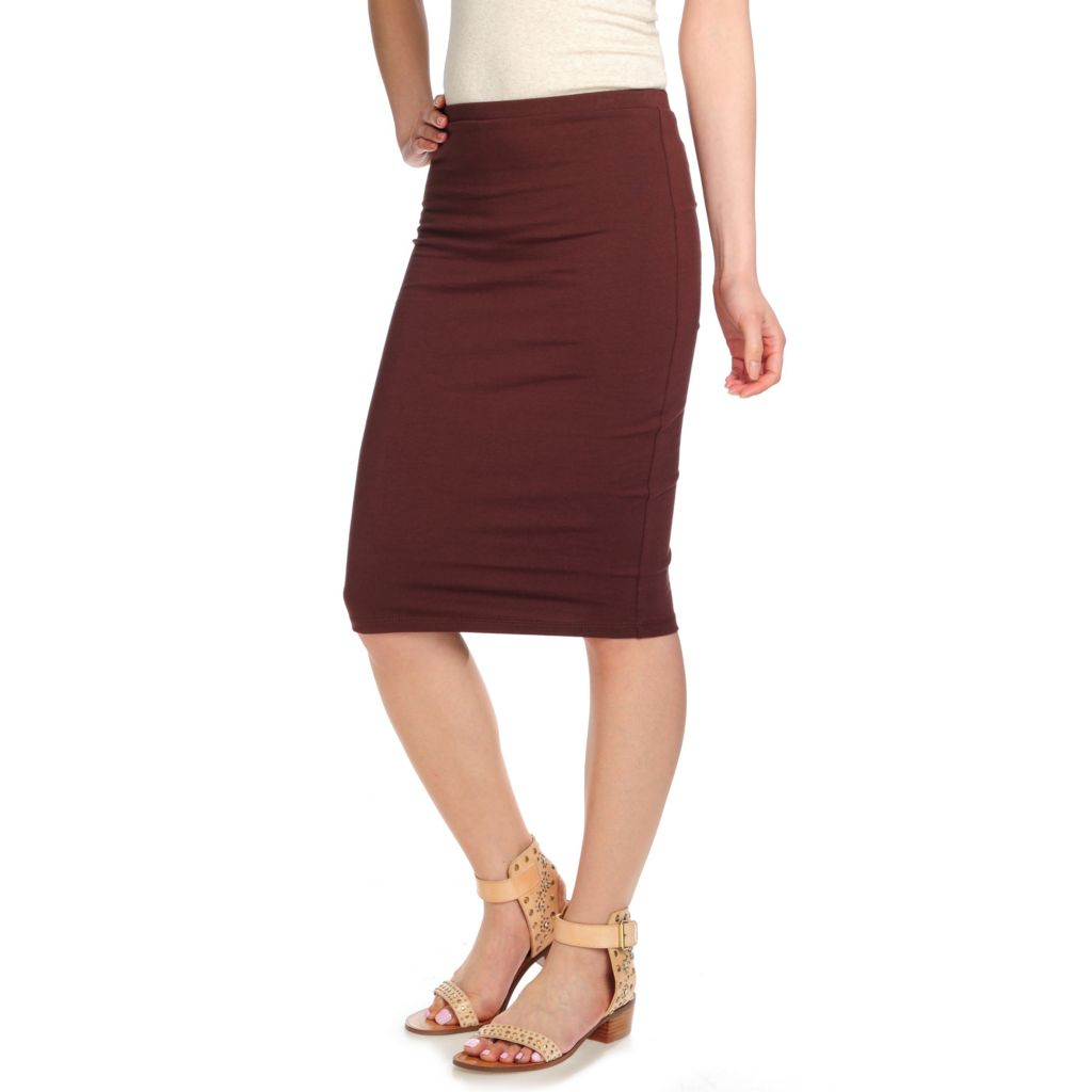 717-827 - Slim-A-Size Stretch Knit Everyday Control Smoothing Pencil Skirt
