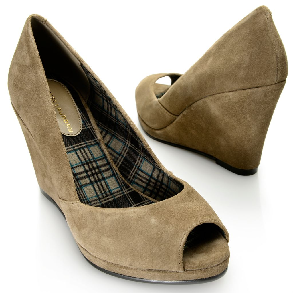717-886 - Chinese Laundry Suede Leather Peep Toe Wedge Heels