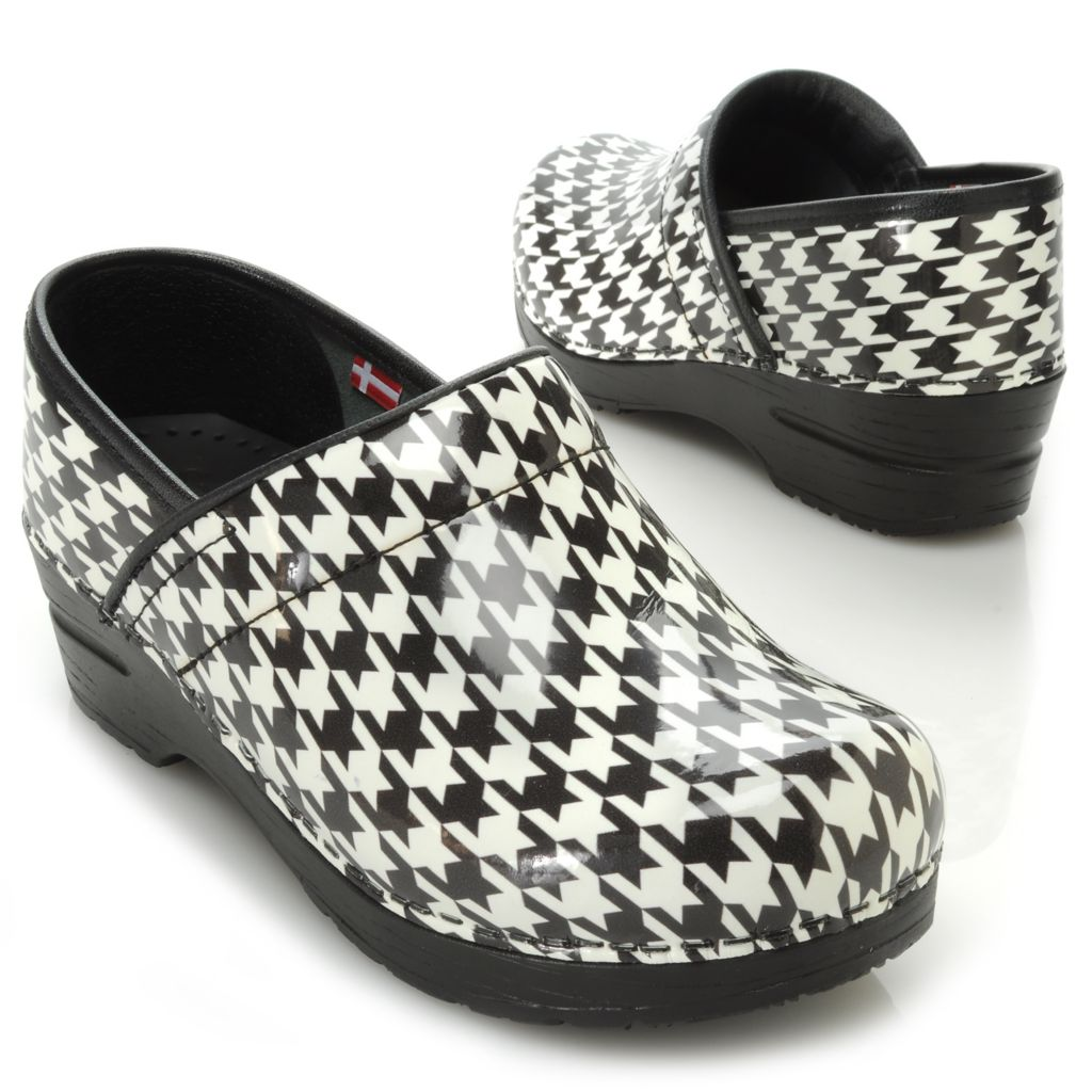 717-928 - Sanita Patent Leather Houndstooth Print Slip-on Clogs