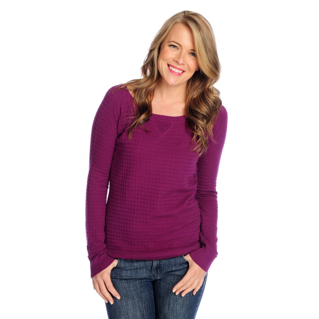 718-075 - OSO Casuals Textured Knit Raglan Sleeve Ribbed Trim Hi-Lo Sweater