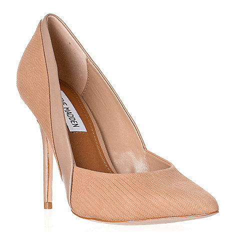 718-282 - Steve Madden Women's Clydee Textured Leather Pumps