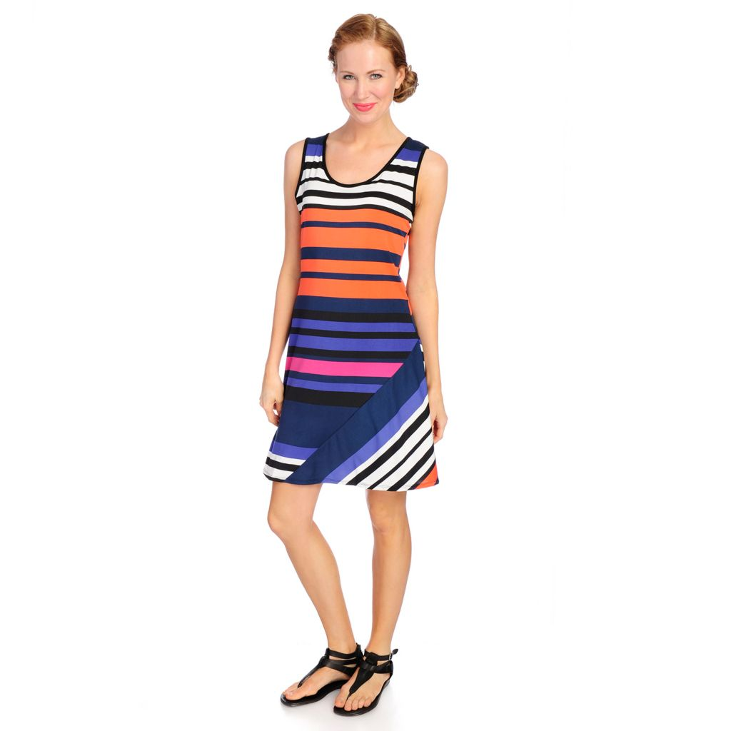 718-541 - aDRESSing WOMAN Printed Knit Sleeveless Scoop Neck Pieced Dress