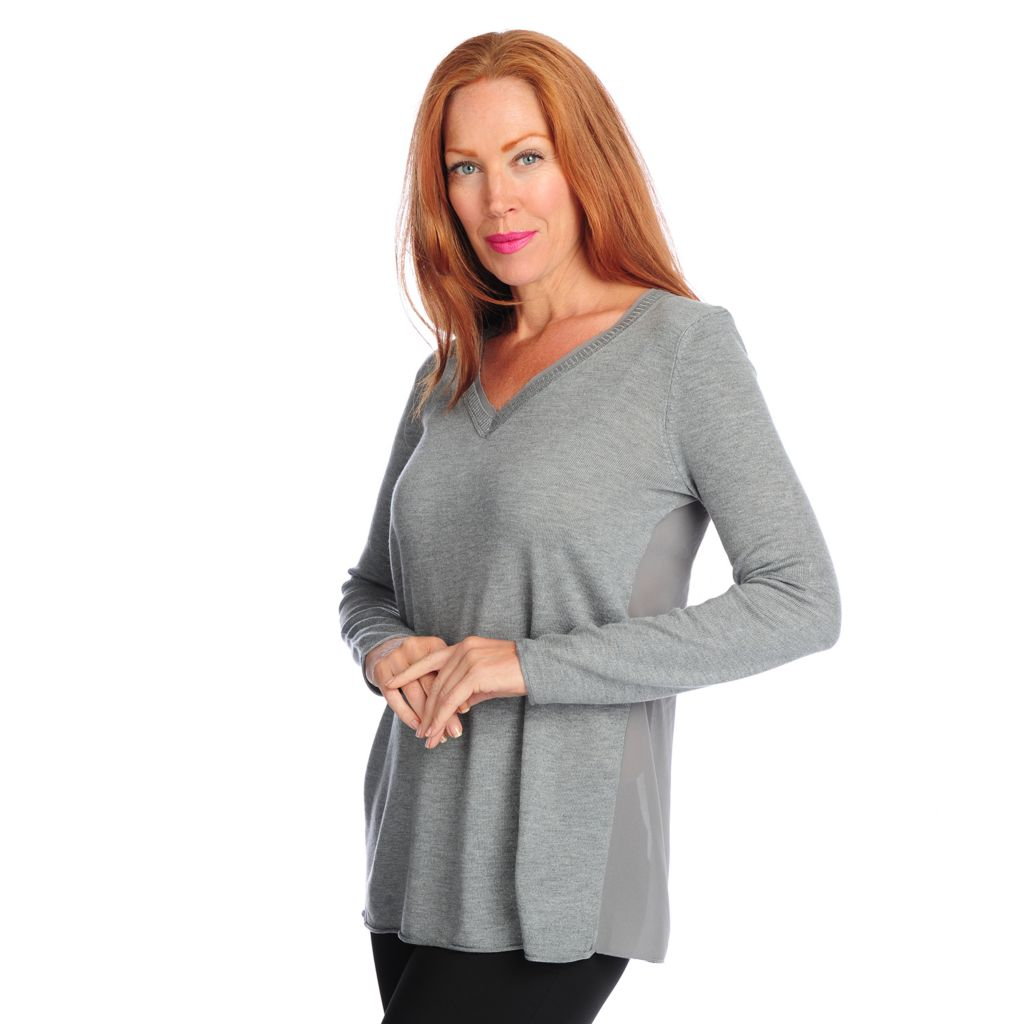 718-585 - Kate & Mallory Mixed Media Long Sleeved V-Neck Lace Trim Top