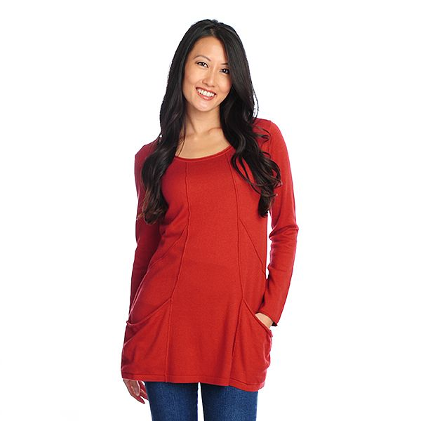718-858 - Kate & Mallory Fine Gauge Knit Long Sleeved Two-Pocket Tunic Sweater