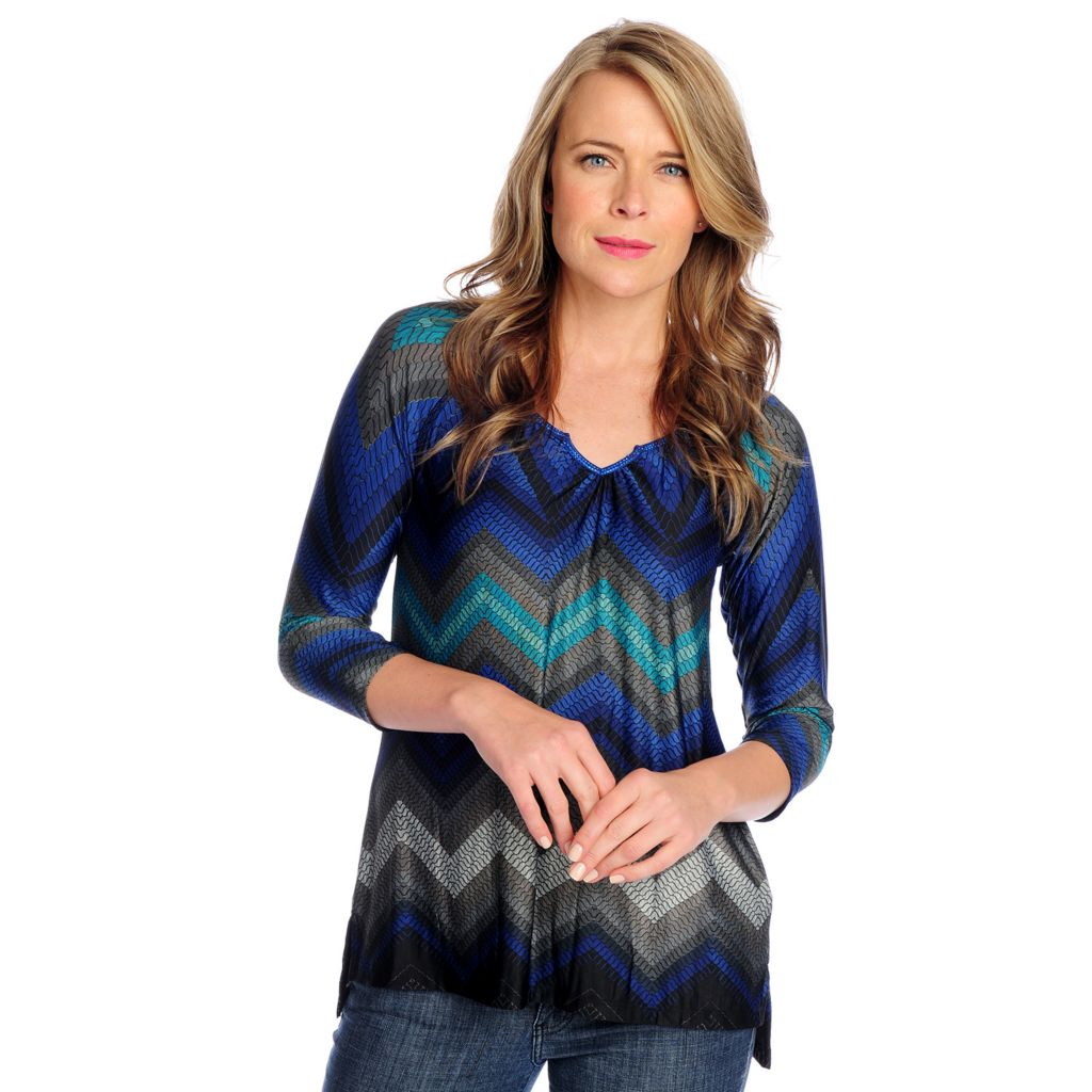 719-027 - One World Printed Knit Raglan Sleeve Notched Neck Zigzag Striped Top