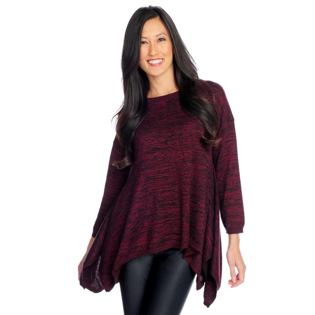 719-080 - WD.NY Fine Gauge Knit Drop Shoulder Sharkbite Hem Hi-Lo Sweater