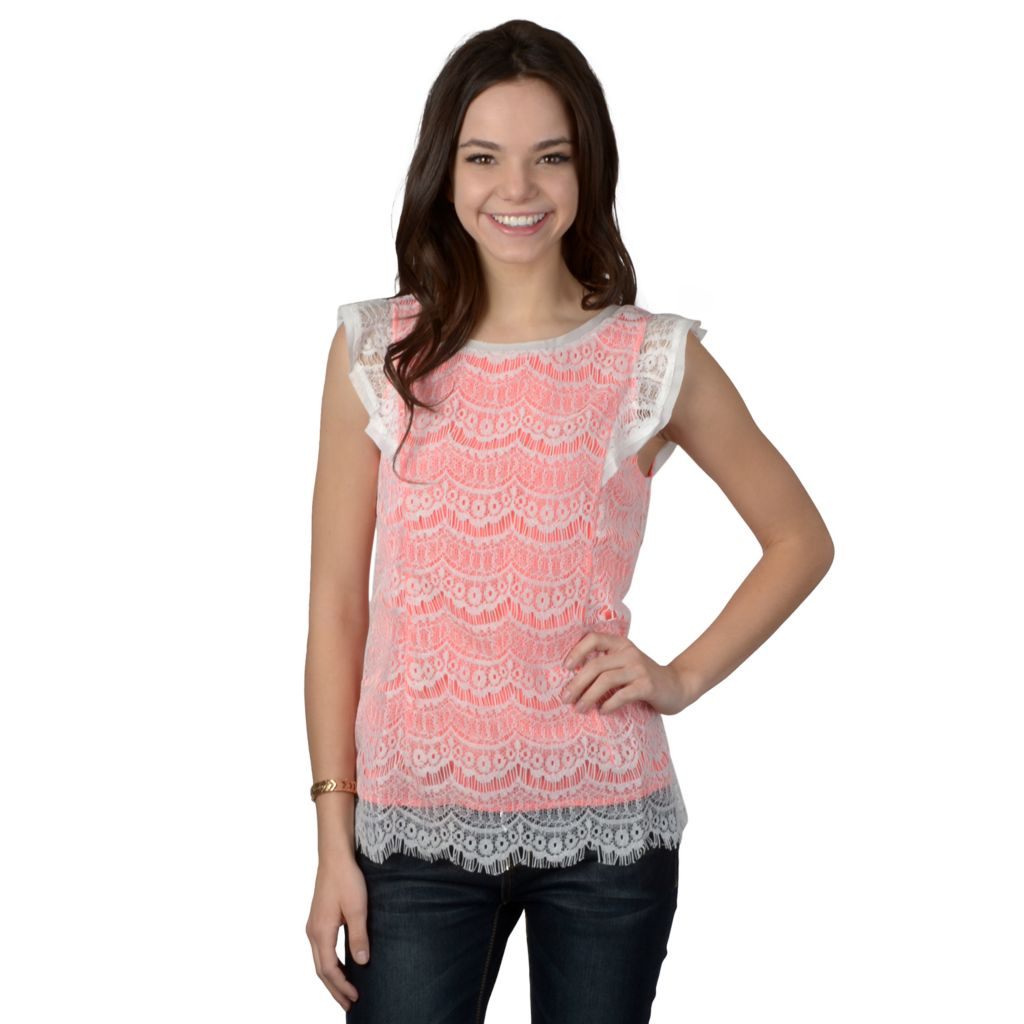 719-256 - Hailey Jeans Co. Junior's Cap Sleeve Lace Top
