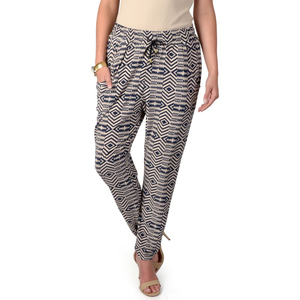 719-261 - Journee Collection Pocketed Drawstring Pants