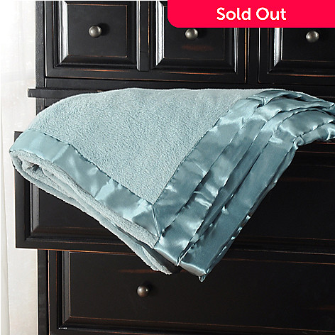 401-553 - Cozelle™ ComfortTouch™ Blanket