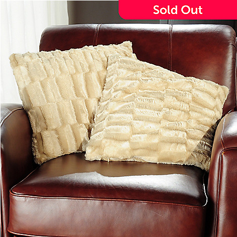 401-555 - Cozelle® Faux Mink Fur Decorative Pillow Pair