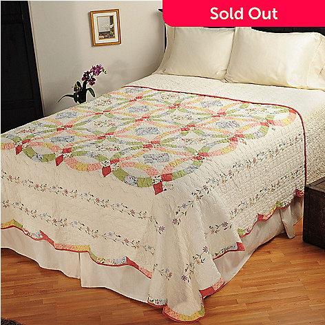 401-597 - North Shore™ Collectible Quilts ''Victoria'' Wedding Ring Limited Edition Bedspread - King Size