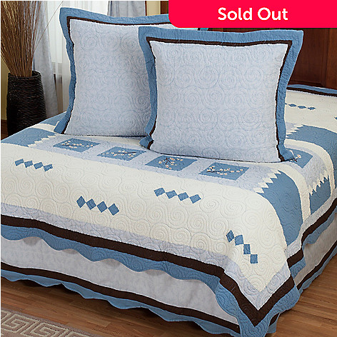 402-017 - North Shore™ Collectible Quilts ''Blossoms'' Three-Piece Euro Sham Pair & Bed Skirt Set