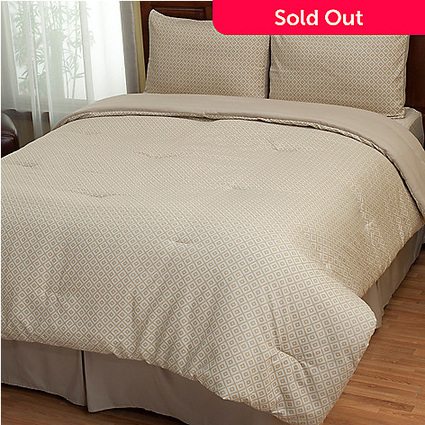 402-138 - Cozelle® ''Lyla'' Diamond Pattern Four-Piece Comforter Set
