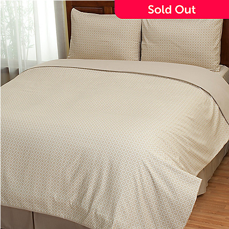 402-139 - Cozelle® ''Lyla'' Microfiber Diamond Pattern Three-Piece Duvet Set