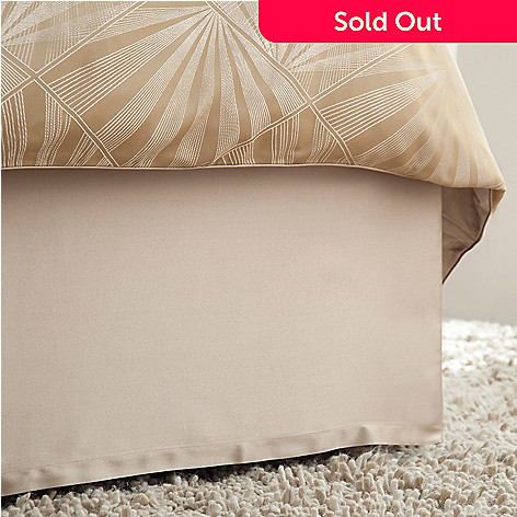 430-644 - Macy's Hotel Collection ''Radiance'' Bed Skirt