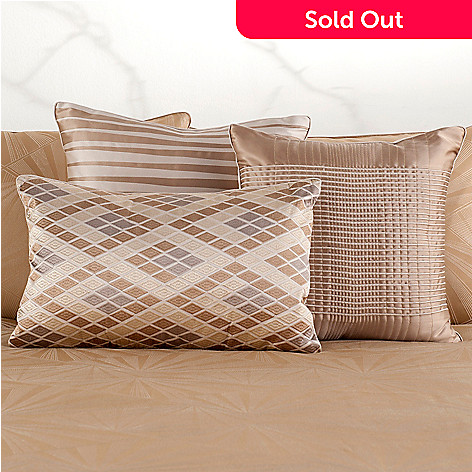 430-647 - Macy's Hotel Collection ''Radiance'' Three-Piece Decorative Pillows