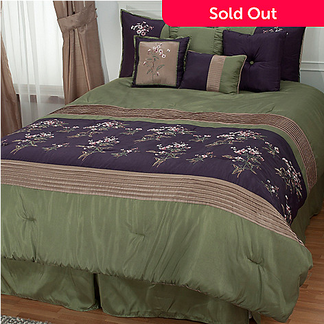430-967 - North Shore Linens™ ''Arles'' Eight-Piece Embroidered Bedding Ensemble