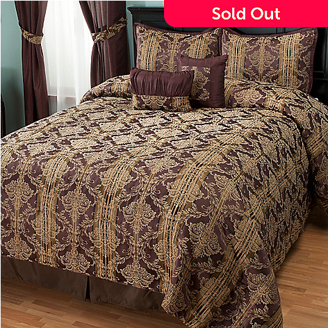 431-361 - North Shore Linens™ ''Marian'' Five-Piece Bedspread Set