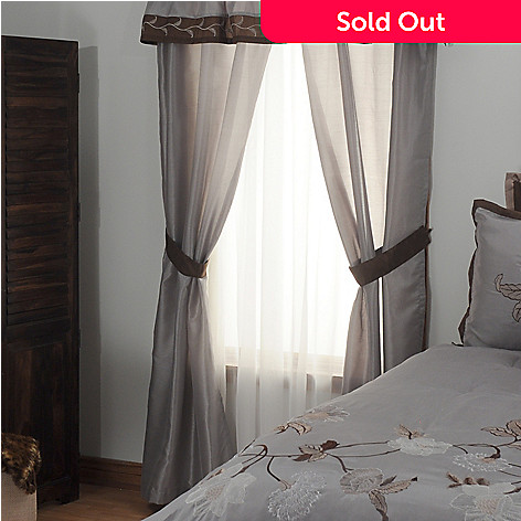 431-376 - North Shore Linens™ ''Triomphe'' Four-Piece Window Set