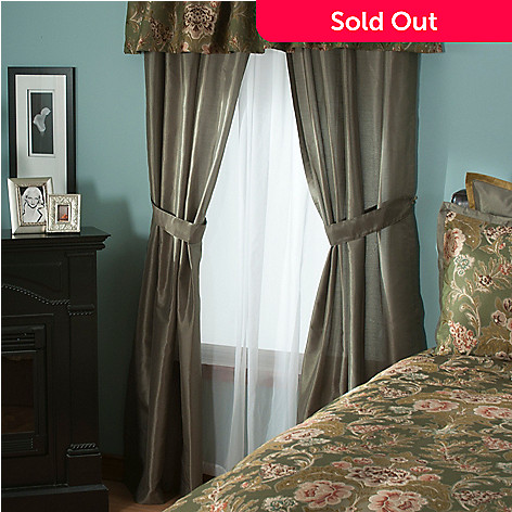 431-388 - North Shore Linens™ ''Engels'' Four-Piece Window Set