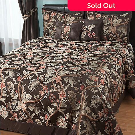 431-391 - North Shore Linens™ ''Belmont'' Five-Piece Bedspread Set